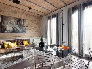 Luxury Stylish Attic near Ramblas balcony lift - Barcelona vacation rentals