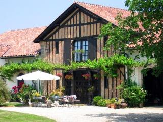 Bright 2 bedroom Vacation Rental in Beylongue - Beylongue vacation rentals