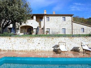 Nice House in Morra with Internet Access, sleeps 8 - Morra vacation rentals