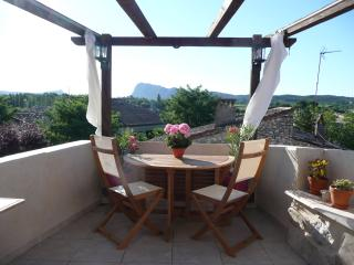 3 bedroom House with Internet Access in Saint-martin-de-londres - Saint-martin-de-londres vacation rentals