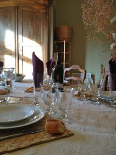 Cozy 1 bedroom Toulouse Condo with Internet Access - Toulouse vacation rentals