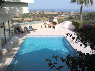 2 bedroom Villa with Internet Access in Maroni - Maroni vacation rentals