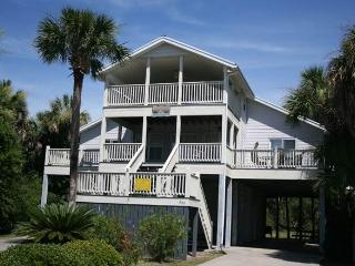 "309 Seaview Lane - ""Littlejohn Retreat"" - Edisto Beach vacation rentals"