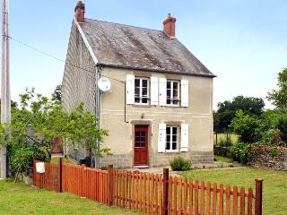 3 bedroom Cottage with Satellite Or Cable TV in La Souterraine - La Souterraine vacation rentals