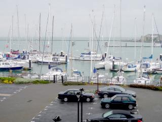 31 Marinus Luxury seafront - Cowes vacation rentals