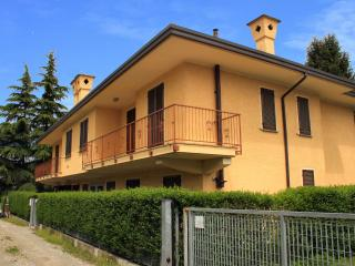 1 bedroom Apartment with Central Heating in Castelletto sopra Ticino - Castelletto sopra Ticino vacation rentals