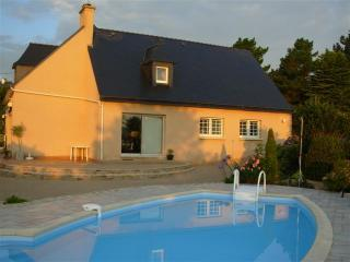 Bright 4 bedroom Finistere Guest house with Internet Access - Finistere vacation rentals