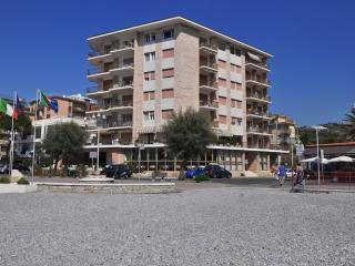 GaiaVacanze Beach Apartments, Bordighera, Liguria - Vallecrosia vacation rentals