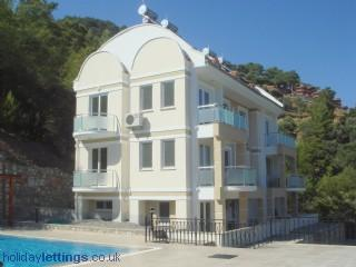 Bright 4 bedroom Sarigerme Apartment with Long Term Rentals Allowed - Sarigerme vacation rentals