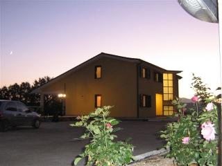 Romantic 1 bedroom Orte Apartment with Internet Access - Orte vacation rentals