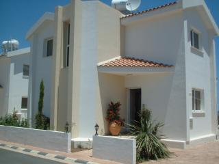 D2 CASTLE VILLAS FANTASTIC LOCATION BEACH 50 metre - Protaras vacation rentals