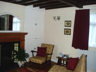 Comfortable Kelham vacation Cottage with Television - Kelham vacation rentals