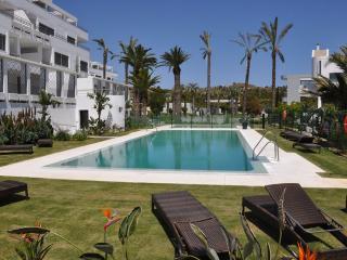 Wonderful Condo with Internet Access and A/C - Artola vacation rentals