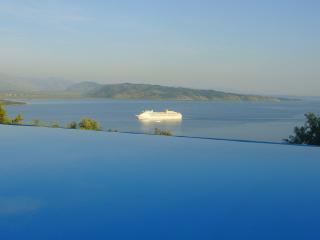 Vilelmina house - Agios Stefanos vacation rentals