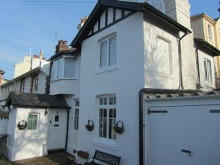 Kents Cottage Wellswood Village Torquay - Torquay vacation rentals