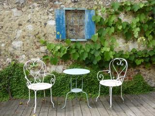 Bright 2 bedroom House in Montreuil-sur-Mer with Internet Access - Montreuil-sur-Mer vacation rentals