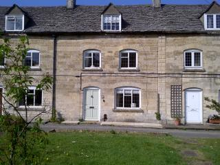 Park Terrace with fibre optic wifi - Minchinhampton vacation rentals