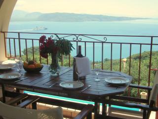 Comfortable 2 bedroom Vacation Rental in Agios Stefanos - Agios Stefanos vacation rentals