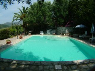 Cozy 2 bedroom Villa in Marina di Camerota - Marina di Camerota vacation rentals