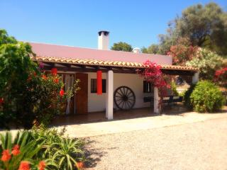 Ibiza country guesthouse. Double room. King bed - San Lorenzo vacation rentals