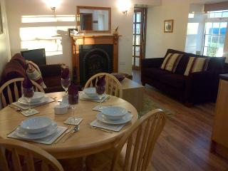 Nice Cottage with Internet Access and Dishwasher - Ellon vacation rentals