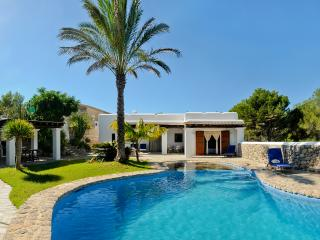 Villa Ibicenco Marí near beach - Sant Joan de Labritja vacation rentals