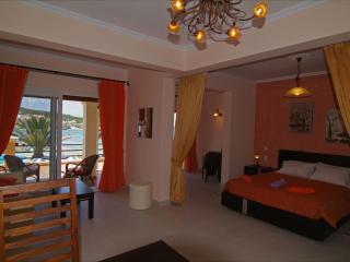 PARALIA LUXURY SUPERIOR FAMILY STUDIO APARTMENT 1 - Agios Stefanos vacation rentals