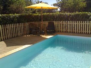 Lovely House with Satellite Or Cable TV and Outdoor Dining Area - Piegut-Pluviers vacation rentals