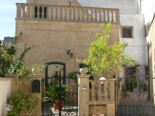 CASA ARCADIA, casa d'epoca - Specchia vacation rentals