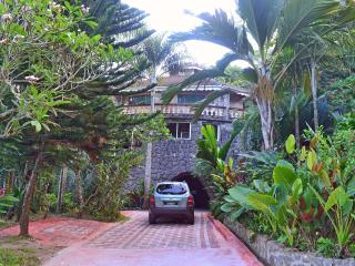 Nice Guest house with Internet Access and A/C - Au Cap vacation rentals