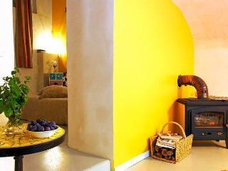 MOULIN DE GAUTY - Suite - Saint-Affrique vacation rentals