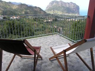 Nice Cottage with Internet Access and Satellite Or Cable TV - Porto da Cruz vacation rentals