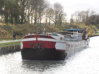 Studio - bateau Marboré,Disney - Chessy vacation rentals
