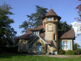 Nice House with Internet Access and A/C - Gueugnon vacation rentals