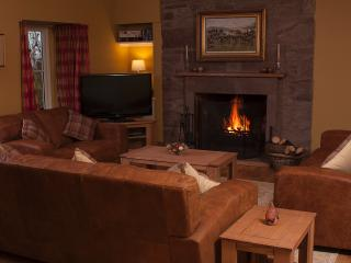 4 bedroom Cottage with Internet Access in Crieff - Crieff vacation rentals