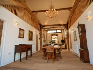 The Granary- luxury barn with gym & spa - Burnham-on-Crouch vacation rentals