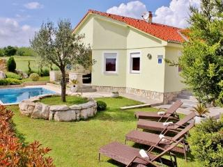 Villa Sole Istria with pool in Marcana, near Pula - Marcana vacation rentals