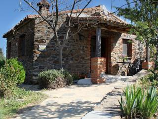 Romantic 1 bedroom Valencia De Alcántara Cottage with Internet Access - Valencia De Alcántara vacation rentals