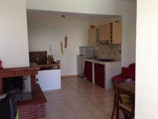 Bright 2 bedroom Roccaraso Condo with Television - Roccaraso vacation rentals