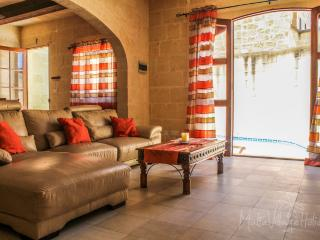 Tal-Bniet Rustic Villa with Pool (MaltaVillageHolidays) - Nadur vacation rentals