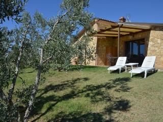 Villa indipendente 100 mq vista mare,6 posti letto - Casale Marittimo vacation rentals