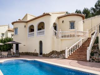 3 bedroom Villa with Internet Access in Villalonga - Villalonga vacation rentals