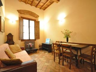 CALLIOPE - City Centre Nice Apartment - Florence vacation rentals