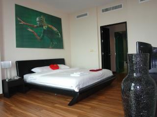 Luxury Sea View Apartment - Karon vacation rentals