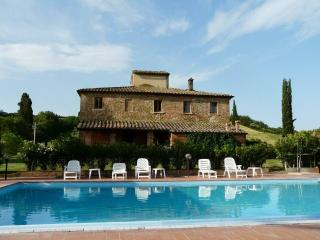 holiday lodging near Pienza Gt - Torrita di Siena vacation rentals