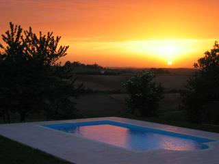 Nice 8 bedroom Cottage in Cendrieux - Cendrieux vacation rentals
