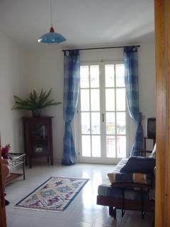 Bright 2 bedroom Apartment in Scalea - Scalea vacation rentals