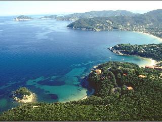Ground floor of vill near the beach on Elba Island - Procchio vacation rentals