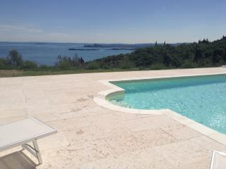 4 bedroom Villa with Dishwasher in Toscolano-Maderno - Toscolano-Maderno vacation rentals