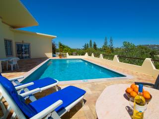 Lovely 2 bedroom Almancil Villa with Internet Access - Almancil vacation rentals